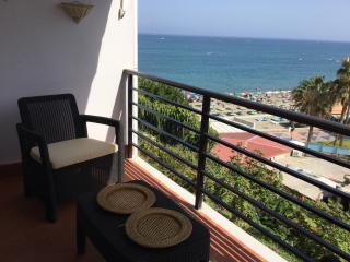 Perfect Condo with Internet Access and A/C - Torremolinos vacation rentals