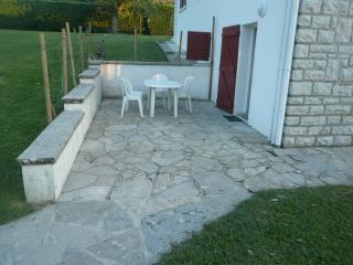 Nice Condo with Internet Access and Wireless Internet - Bidache vacation rentals