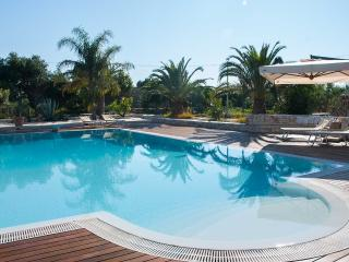 Dependance Verde-Mare with pool and garden - Polignano a Mare vacation rentals