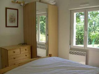 Beautiful 4 bedroom Villa in Saint-Cirq-Lapopie with Dishwasher - Saint-Cirq-Lapopie vacation rentals