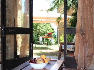 4 bedroom, Restored Farmhouse, Modern Amenities - Castiglion Fiorentino vacation rentals