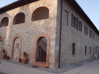 Affittacamere Antonio e Francesca - Poggibonsi vacation rentals
