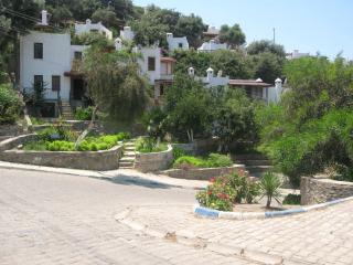 TARNOS | 2 Bed House in Gümüslük - Bodrum vacation rentals