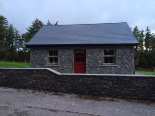 100 year old rural irish cottage - Cork vacation rentals