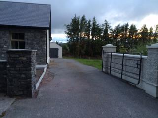 100 year old rural irish cottage - Cork vacation rentals