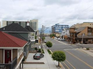 Wildwood family-friendly condo close to beach - Wildwood vacation rentals