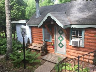 Cozy Cabin with Deck and Internet Access - Ephraim vacation rentals