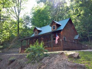 2 bedroom House with Mountain Views in Whittier - Whittier vacation rentals