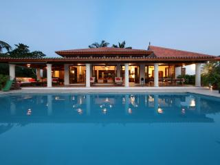 Casa de Campo, Superb Villa on the Golf near Beach - La Romana vacation rentals
