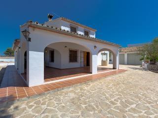 3 bedroom Villa with Internet Access in Canor - Canor vacation rentals