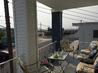 Dave's Wildwood Reef Apts, 2nd Floor, 1 BR, 1 Bath - Wildwood vacation rentals