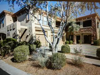 Bright 2 bedroom Vacation Rental in Scottsdale - Scottsdale vacation rentals