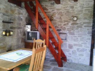 Cozy 1 bedroom Vacation Rental in Sutivan - Sutivan vacation rentals