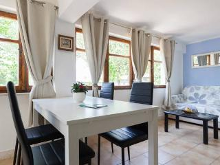 Friends and Family Apartment - Cavtat vacation rentals