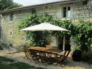 Bright 4 bedroom Gite in Saires - Saires vacation rentals