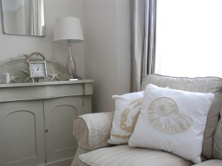 Comfortable 2 bedroom Cottage in Broadstairs - Broadstairs vacation rentals