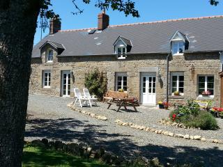 Lovely Gite with Internet Access and Satellite Or Cable TV - Sourdeval vacation rentals