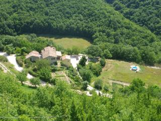 B & B, Restaurant, Agriturismo Ca'Betania - Mercatello sul Metauro vacation rentals