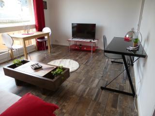 Charming Cherbourg-Octeville vacation Studio with Short Breaks Allowed - Cherbourg-Octeville vacation rentals
