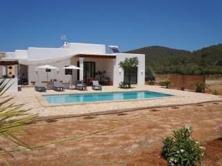 New villa perfect to relax 6pax - Sant Miquel De Balansat vacation rentals