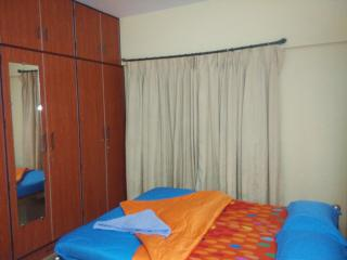 3 bedroom Bed and Breakfast with A/C in Thane - Thane vacation rentals