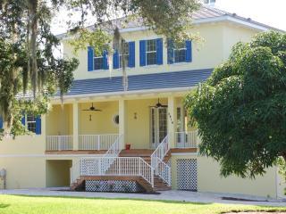 Family friendly Coastal Manor of Sarasota - Sarasota vacation rentals