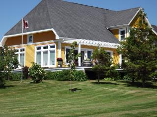 Bright Bed and Breakfast with Internet Access and Central Heating - Malpeque vacation rentals