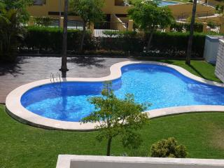 Beautiful 2 bedroom Apartment in Denia with Dishwasher - Denia vacation rentals
