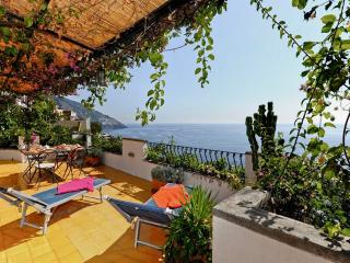 Bright independent house - A637 - Positano vacation rentals