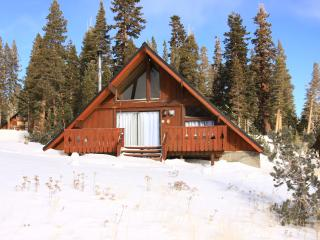 Cozy Ski in / Ski out Chalet #1 - Mammoth Lakes vacation rentals
