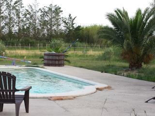 2 bedroom House with A/C in L'Albaron - L'Albaron vacation rentals