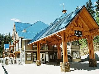 Kaslo Bay Condominium (Unit B1) - Kaslo vacation rentals