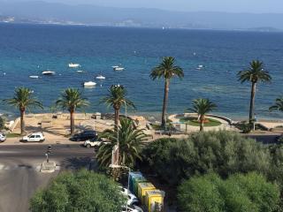 Ajaccio T1 tout équipé à 30 mètres de la plage - Ajaccio vacation rentals