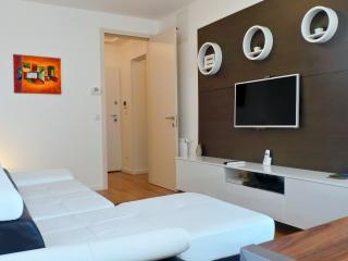 LUXURY 2 BDR APP  near main Railway station - Zagreb vacation rentals
