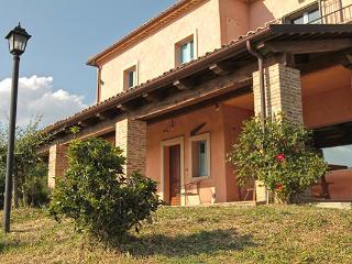 Appartamento Dulcinea - Villa Clara a San Leo - San Leo vacation rentals