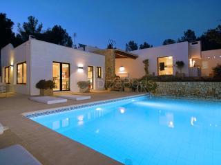 MAISON MIRI - Ibiza vacation rentals