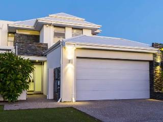 Ambar Villa Close to Perth and Fremantle - Perth vacation rentals