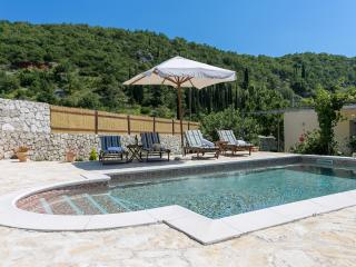 Villa Betty with pool in rural part of Dubrovnik - Dubrovnik vacation rentals
