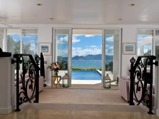 AVALON BEACHFRONT VILLA - Little Harbour vacation rentals