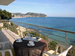 Apartamento Vicente - La Llobella vacation rentals