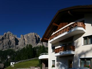 Lovely 1 bedroom Townhouse in Corvara in Badia with Dishwasher - Corvara in Badia vacation rentals