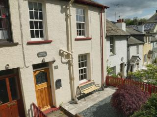Lovely Cottage with Internet Access and Microwave - Keswick vacation rentals