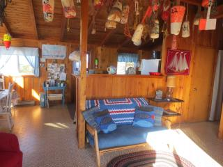 Gorgeous 3 bedroom Cottage in Savage Harbour - Savage Harbour vacation rentals