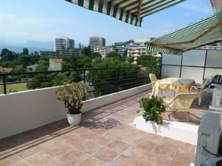 Nice ouest vue panoramique terrasse wifi climatisé - Nice vacation rentals