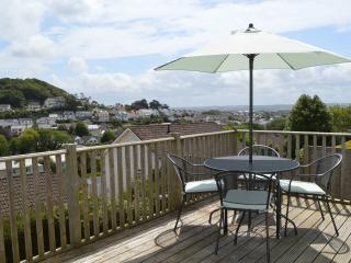 Lovely 2 bedroom Bungalow in Braunton with Deck - Braunton vacation rentals