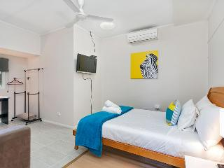 Inner City Executive Rooms - Room 4 - Share Accommodation Property - Cairns vacation rentals