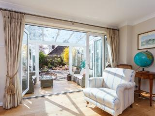 A Modern House in Lymington - Lymington vacation rentals