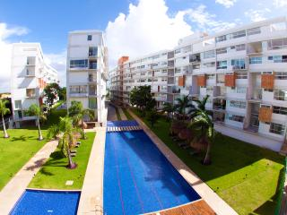 3 Bedroom Luxury Condo Near the Beach! - Cancun vacation rentals