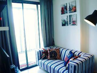 City / Comfort / Clean / MRT Rama 9 - Bangkok vacation rentals