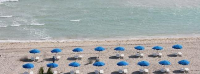 Spaciously Perfect Three Bedroom Signature Suite on Millionaire's Row 1AX3EAH - Image 1 - Miami Beach - rentals